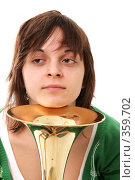 Девочка с тромбоном. Стоковое фото, фотограф Варвара Воронова / Фотобанк Лори