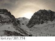 Купить «Ледник. Солнце встает.», фото № 381774, снято 14 января 2007 г. (c) Алексей Еманов / Фотобанк Лори