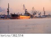 Купить «Порт», фото № 382514, снято 20 февраля 2020 г. (c) Георгий Солодко / Фотобанк Лори