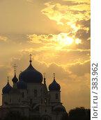 Купить «Церковь в Боголюбово», фото № 383962, снято 18 августа 2007 г. (c) Александр Поганкин / Фотобанк Лори