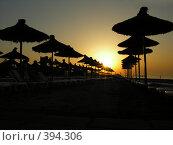 Купить «Пляжные зонтики», фото № 394306, снято 16 сентября 2006 г. (c) Ekaterina Chernenkova / Фотобанк Лори