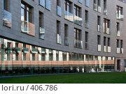 Купить «Жилой дом, Молочный пер, д.1», фото № 406786, снято 16 августа 2008 г. (c) Ярослава Синицына / Фотобанк Лори