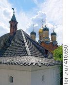 Купить «Старый город. Крыши, купола и башни. Москва», фото № 410650, снято 1 июля 2008 г. (c) Кирпинев Валерий / Фотобанк Лори