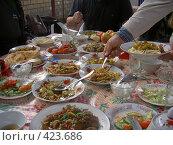Купить «Кафе в Бишкеке», фото № 423686, снято 6 мая 2005 г. (c) Михаил Браво / Фотобанк Лори