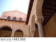 Купить «Ефразиева базилика в городе Преч, Хорватия», фото № 443966, снято 26 августа 2008 г. (c) Лифанцева Елена / Фотобанк Лори
