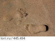 Купить «Следы на песке», фото № 445494, снято 26 июня 2019 г. (c) WalDeMarus / Фотобанк Лори