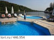 Купить «Зона отдыха с бассейнами в реке Москва», фото № 446954, снято 7 сентября 2008 г. (c) Валерий Назаров / Фотобанк Лори