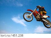 Купить «Мотоциклист», фото № 451238, снято 6 сентября 2008 г. (c) Константин Тавров / Фотобанк Лори