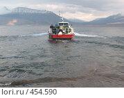 Купить «Отдых на катере», фото № 454590, снято 22 сентября 2007 г. (c) Назаренко Ольга / Фотобанк Лори