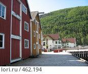 Норвежский городок. деревянная набережная (2008 год). Стоковое фото, фотограф Anna Marklund / Фотобанк Лори