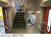 Купить «Германия. Интерьер двухэтажных пригородных поездов (тип поезда RE, региональный)», фото № 493770, снято 27 сентября 2008 г. (c) Павел Гаврилов / Фотобанк Лори