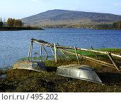 Купить «Перевёрнутые лодки на берегу», фото № 495202, снято 3 октября 2008 г. (c) Дмитрий Лемешко / Фотобанк Лори