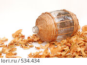 Купить «Натюрморт с сушёными яблоками», фото № 534434, снято 29 сентября 2007 г. (c) OSHI / Фотобанк Лори