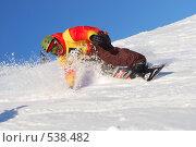 Купить «Сноубордист скользит по склону», фото № 538482, снято 29 марта 2008 г. (c) Сергей Юрченко / Фотобанк Лори