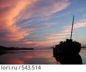 Старинный корабль в бухте Витязь. Стоковое фото, фотограф Наталья Волосевич / Фотобанк Лори