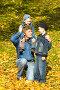 Отец и двое сыновей, фото № 547698, снято 5 октября 2008 г. (c) Сергей Лаврентьев / Фотобанк Лори
