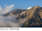 Купить «Горы в облаках», фото № 559526, снято 5 августа 2008 г. (c) Vladimir Fedoroff / Фотобанк Лори