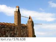 Фрагмент крепости на фоне неба (2005 год). Стоковое фото, фотограф Юлия Медведева / Фотобанк Лори