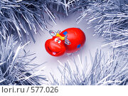 Купить «Веселая красная корова в мишуре», эксклюзивное фото № 577026, снято 24 января 2006 г. (c) Сайганов Александр / Фотобанк Лори