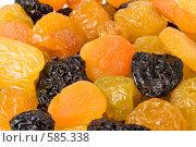 Купить «Фон из вкусных аппетитных сухофруктов», фото № 585338, снято 3 ноября 2008 г. (c) Мельников Дмитрий / Фотобанк Лори