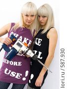 Купить «Две блондинки», фото № 587930, снято 21 октября 2008 г. (c) Михаил Мандрыгин / Фотобанк Лори