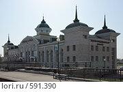 Купить «Агрыз. Железнодорожный вокзал», эксклюзивное фото № 591390, снято 1 июня 2007 г. (c) Ivan I. Karpovich / Фотобанк Лори