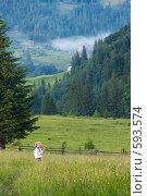 Купить «Девочка и полевые цветы», фото № 593574, снято 24 июня 2008 г. (c) Юрий Брыкайло / Фотобанк Лори