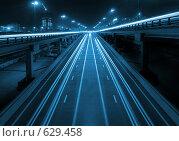 Купить «Ночное скоростное шоссе с эстакадами (третье транспортное кольцо, Москва), тонировано», фото № 629458, снято 5 апреля 2008 г. (c) Дмитрий Яковлев / Фотобанк Лори