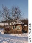 Дом в деревне. Стоковое фото, фотограф евгений блинов / Фотобанк Лори