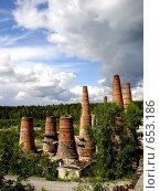 Купить «Печи мраморно-известкового завода в п.Рускеала в Карелии», фото № 653186, снято 30 июля 2007 г. (c) Алина Анохина / Фотобанк Лори