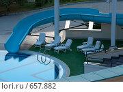 Купить «Лежаки у бассейна», фото № 657882, снято 7 сентября 2008 г. (c) Артём Сапегин / Фотобанк Лори