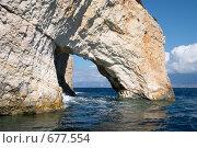 Грот в море, фото № 677554, снято 14 октября 2007 г. (c) Максим Горпенюк / Фотобанк Лори