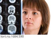 Купить «Женщина-врач с томограммой», фото № 684590, снято 17 февраля 2008 г. (c) Beerkoff / Фотобанк Лори