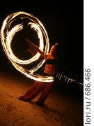 Купить «Девушка исполняет танец с огнём (fireshow) ночью на пляже», фото № 686466, снято 4 сентября 2008 г. (c) Алексей Корсаков / Фотобанк Лори