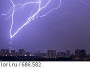 Удар молнии в Останкинскую телебашню. Стоковое фото, фотограф Василий Вишневский / Фотобанк Лори