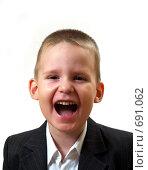 Портрет мальчика с открытым ртом. Стоковое фото, фотограф Олег Колташев / Фотобанк Лори