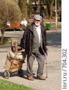 Старость - не радость (2008 год). Редакционное фото, фотограф Китаев Олег Александрович / Фотобанк Лори