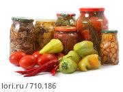Купить «Свежие и консервированные овощи», фото № 710186, снято 29 сентября 2008 г. (c) Cветлана Гладкова / Фотобанк Лори