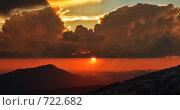 Закат в горах. Стоковое фото, фотограф Алексей Диденко / Фотобанк Лори