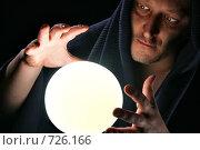 Купить «Волшебник», фото № 726166, снято 23 июля 2019 г. (c) Роман Сигаев / Фотобанк Лори