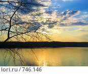 Закат на озере. Стоковое фото, фотограф Александр Бедо / Фотобанк Лори