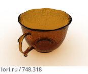 Стеклянная чашка на белом фоне. Стоковое фото, фотограф Фролов Андрей / Фотобанк Лори