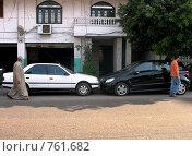 Паркинг по-египетски (2008 год). Стоковое фото, фотограф Елена Скопинцева / Фотобанк Лори