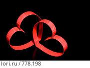 Купить «Два сердца на черном фоне», фото № 778198, снято 23 января 2009 г. (c) Vitas / Фотобанк Лори