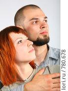 Купить «Молодая пара в профиль», фото № 780678, снято 18 июля 2019 г. (c) Losevsky Pavel / Фотобанк Лори