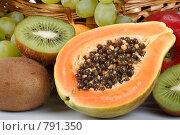 Купить «Фон из свежих фруктов», фото № 791350, снято 4 апреля 2009 г. (c) Мельников Дмитрий / Фотобанк Лори