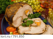 Купить «Свиной окорок, запеченный в вине с травами», фото № 791850, снято 21 октября 2007 г. (c) Елена А / Фотобанк Лори