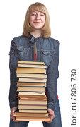 Купить «Ученица с учебниками», фото № 806730, снято 28 марта 2009 г. (c) Анатолий Типляшин / Фотобанк Лори