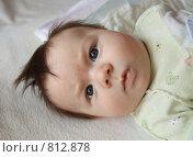 Портрет ребенка с взъерошенными волосами. Стоковое фото, фотограф Агибалова Кристина / Фотобанк Лори