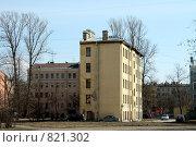 Купить «Старая узкая пятиэтажка на Лиговке», фото № 821302, снято 22 марта 2009 г. (c) Корчагина Полина / Фотобанк Лори